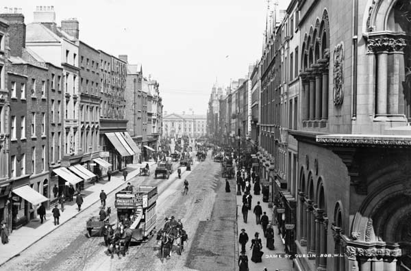 Dame Street, facing east toward Trinity College. Photographed between 1865 and 1914 by Robert French, part of the Lawrence Photograph Collection at the National Library of Ireland.