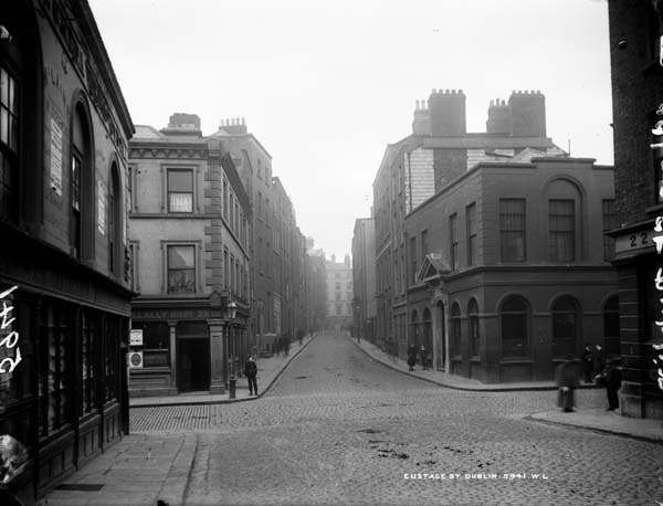 Eustace Street, Dublin City, Co. Dublin, photographed by Robert French between 1865-1914. Part of the Lawrence Photograph Collection, National Library of Ireland.