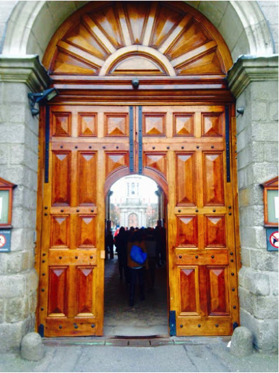 Entrance of Trinity College Dublin, taken by the author Jan. 13, 2015. Courtesy of Jennifer Jennings.